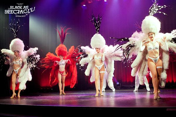 Danseuse Revue Extase