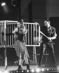 Elodie Lobjois, Cage, Magie