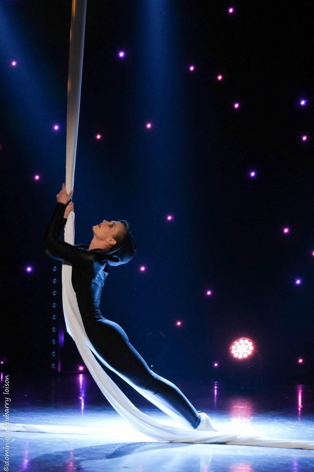 The-MAgic-Show-Tissu-Aérien